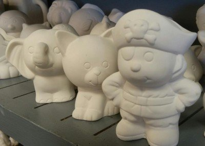 Glaze It figures for kids